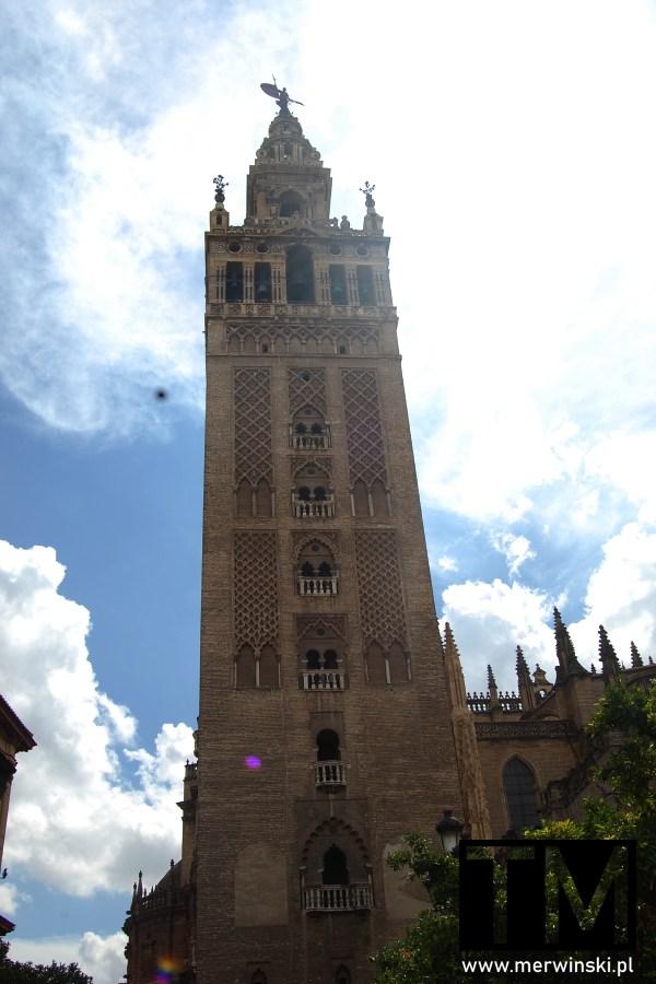 Wieża La Giralda w Sewilli