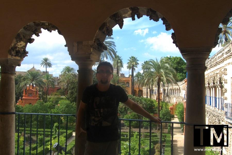 Tomasz Merwiński w ogrodach królewskich Real Alcázar