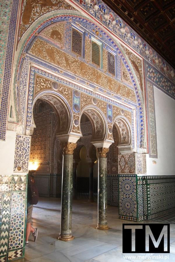 Muzułmańskie motywy w andaluzyjskim Real Alcázar