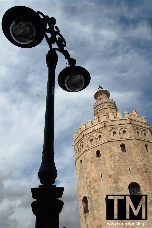 Złota Wieża w Hiszpanii