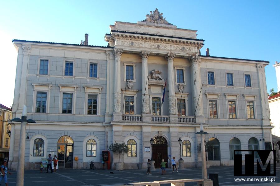 Ratusz miejski w Piranie