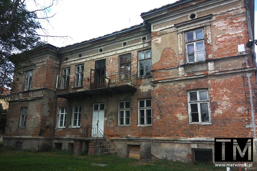 Zniszczony budynek w Zamościu