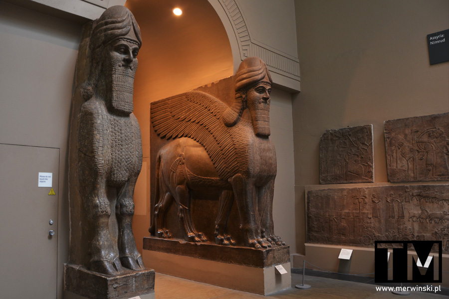 Rzeźby asyryjskie w Muzeum Brytyjskim w Londynie