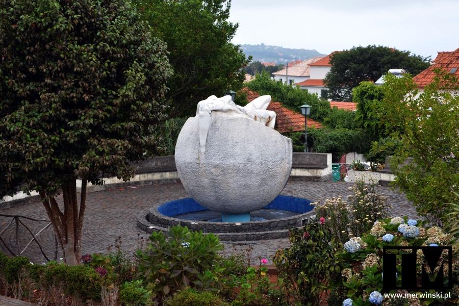 Rzeźba Biosfery w Santanie na Maderze