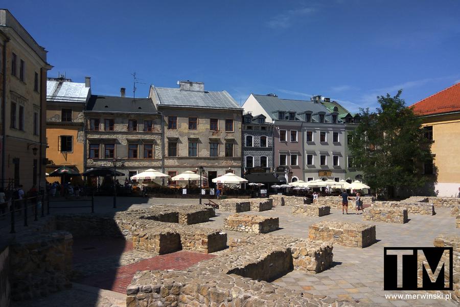 Widok na Plac Po Farze w Lublinie
