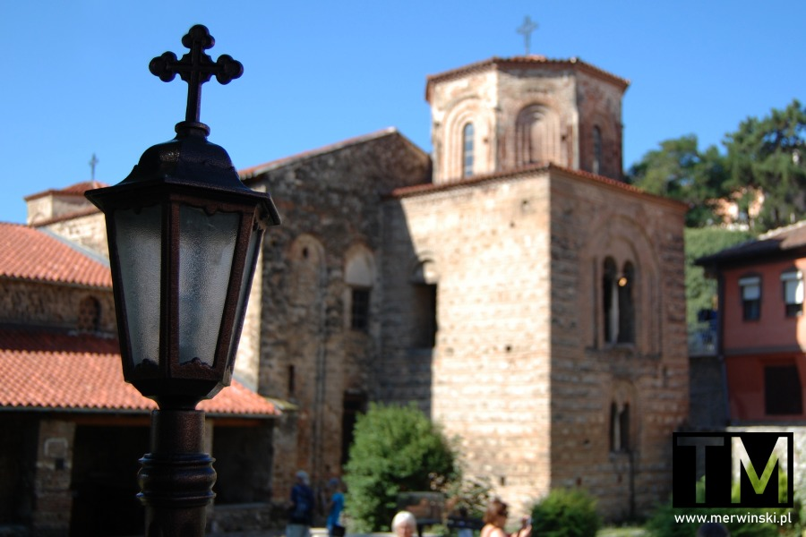 Lampa przed cerkwią Mądrości Bożej w Ochrydzie