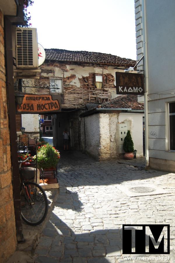 Stara uliczka w Ochrydzie