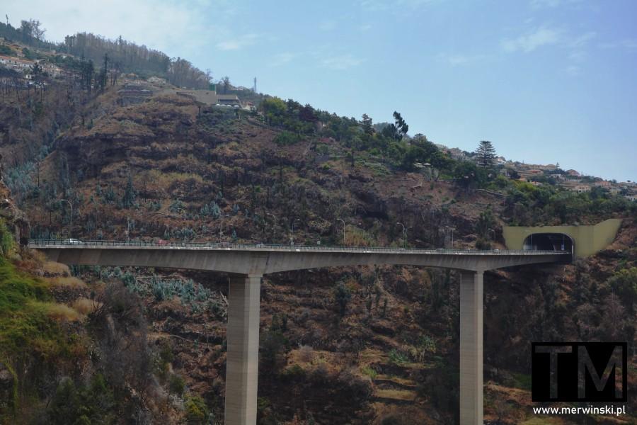 Most drogowy i tunel na Maderze