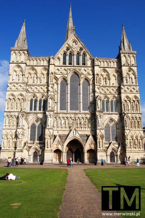 Elewacja katedry w Salisbury