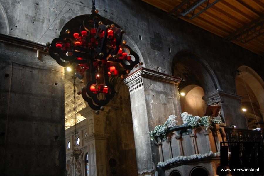 Wnętrze katedry św. Wawrzyńca w Trogirze