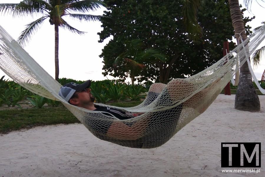 Leżenie w hamaku na Jukatanie