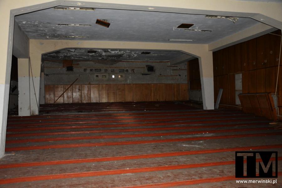 Opuszczone kino na terenie poradzieckiego szpitala w Legnicy