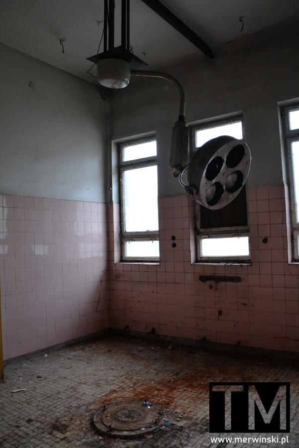Sala operacyjna w poradzieckim szpitalu w Legnicy