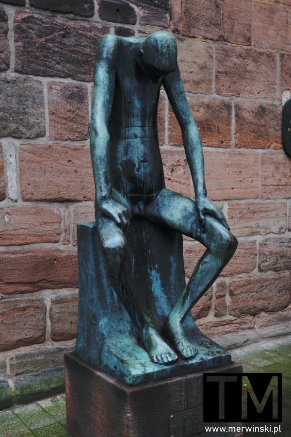 Rzeźba Hioba obok kościoła św. Klary, Norymberga