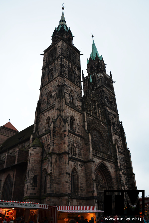 Kościół św. Wawrzyńca z zewnątrz