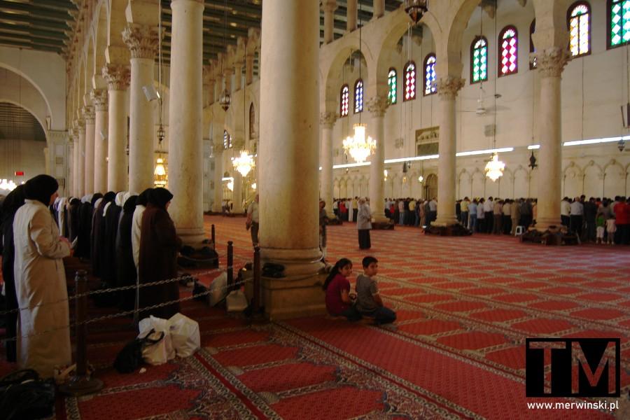 Wierni w trakcie ramadanu w Syrii