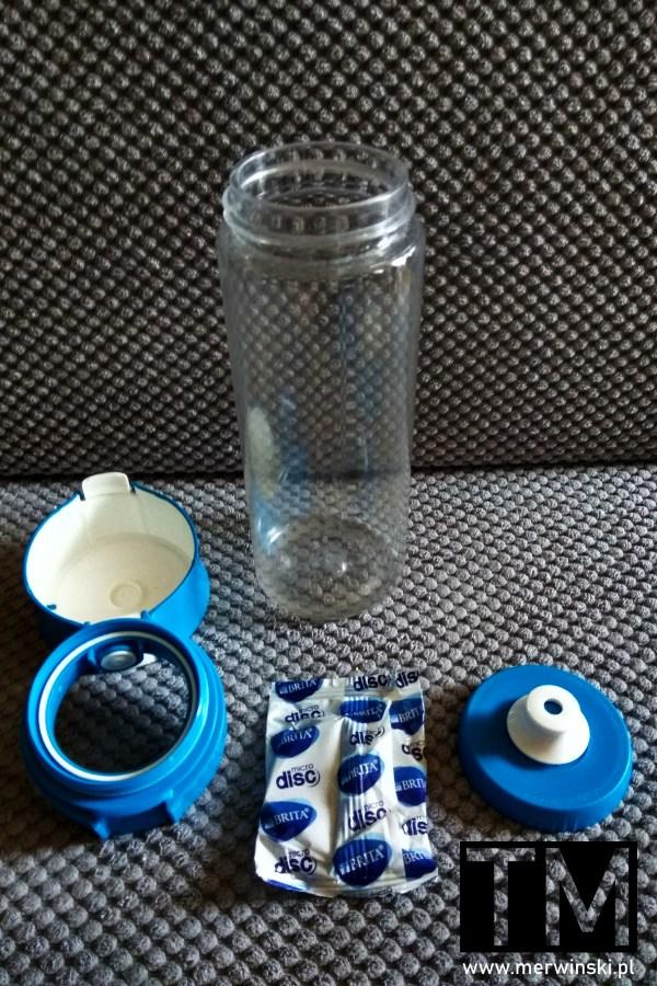 Rozkręcona butelka Brita Fill&Go Vital i filtr Brita MicroDisc