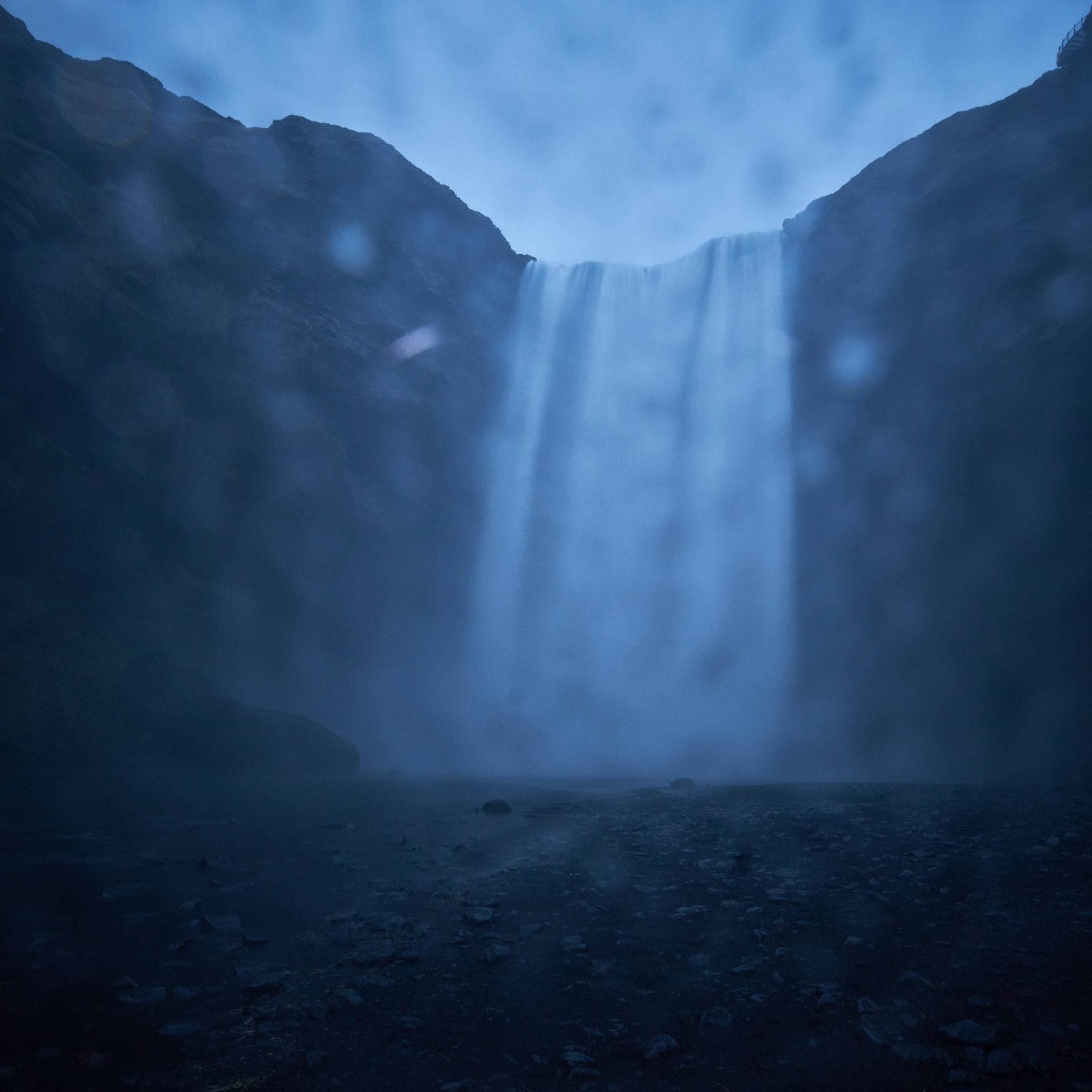 Wodospad Grzmot w Przełęczy Mokrej