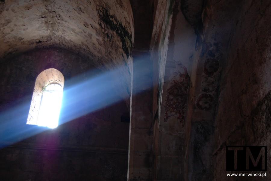 Pozostałości fresków w kaplicy w Krak des Chevaliers