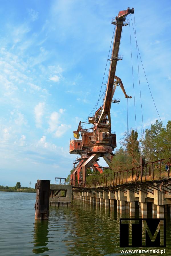 Żurawie portowe w Prypeci