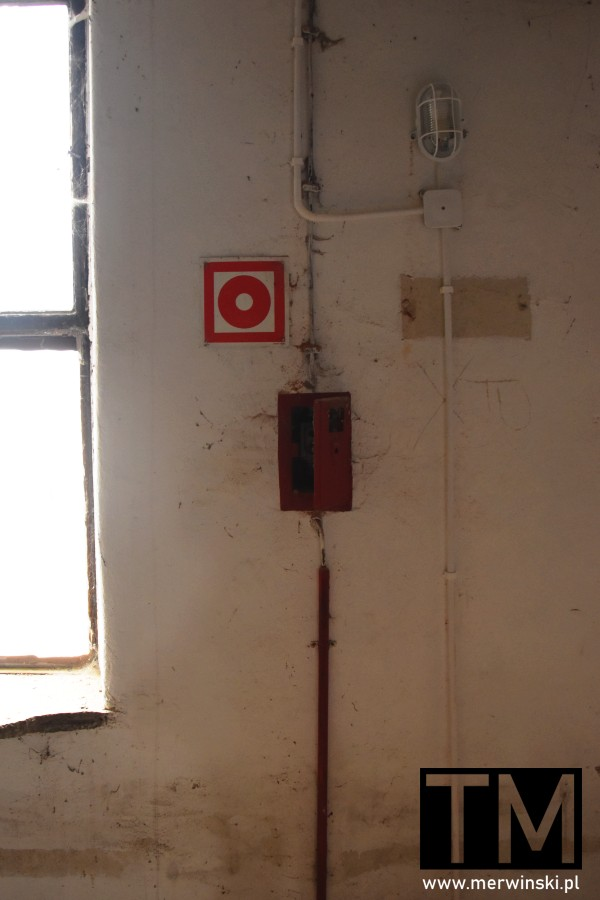 Stare zabezpieczenie przeciwpożarowe w Młynie Sułkowice