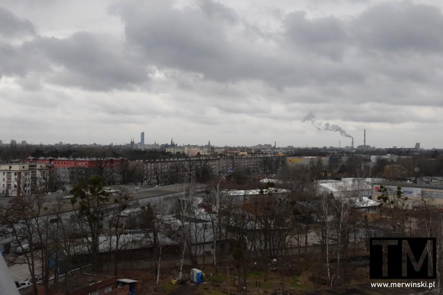 Widok na Wrocław z dachu Młynu Sułkowice