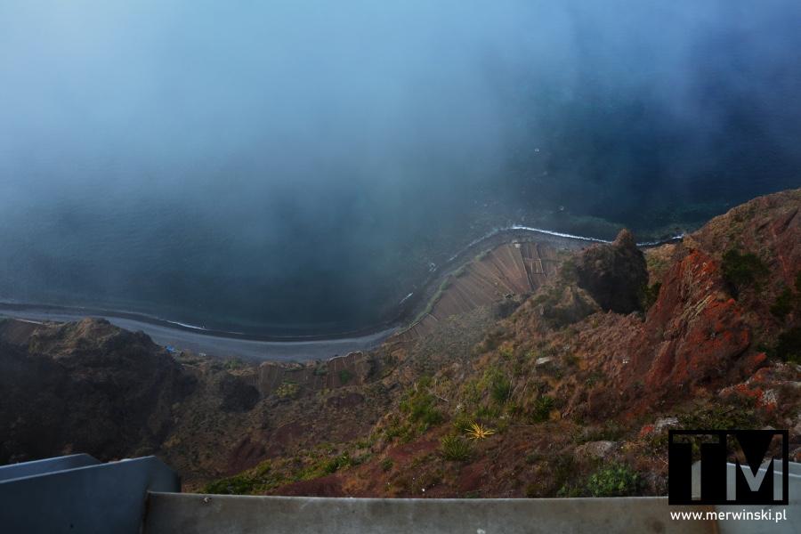 Widok z góry na Cabo Girão