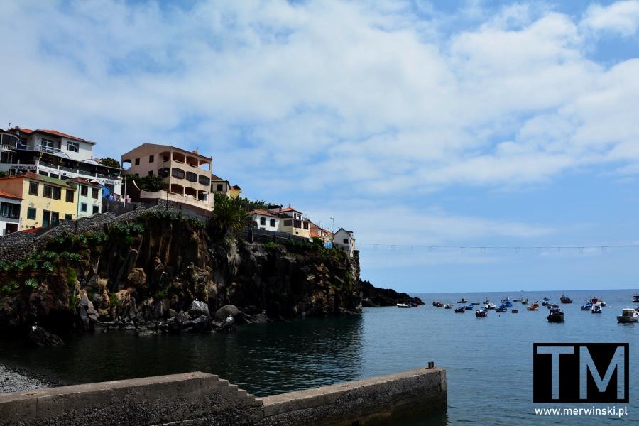 Domy nad Atlantykiem w Câmara de Lobos