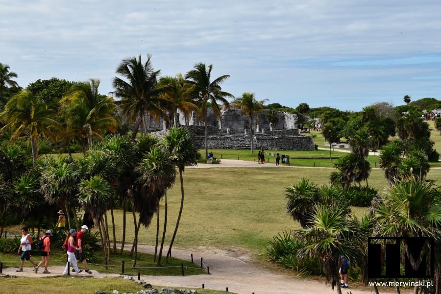 Widok na stref archeologiczną w Meksyku