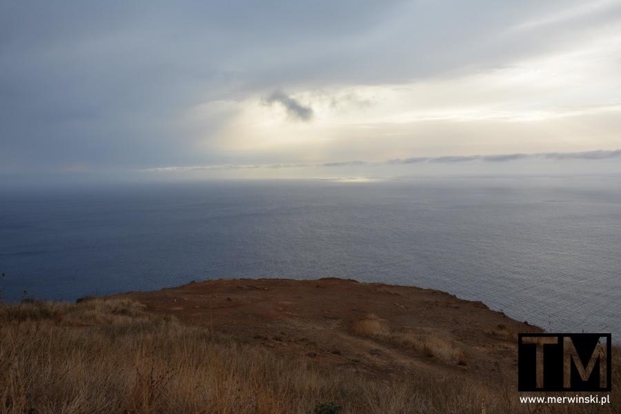 Widok na Ocean Atlantycki z Ponta do Pargo