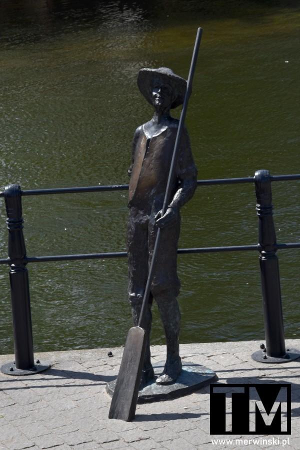 Rzeźba flisaka w Bydgoszczy