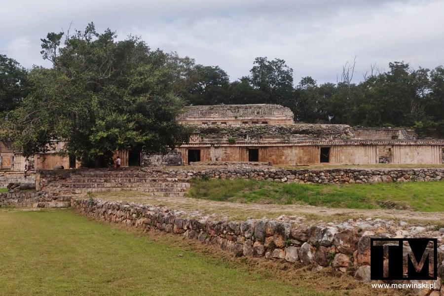 Pałac w Labnie w Meksyku