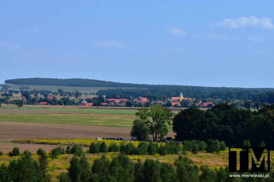 Widok na Targoszyn z Mściwojowa