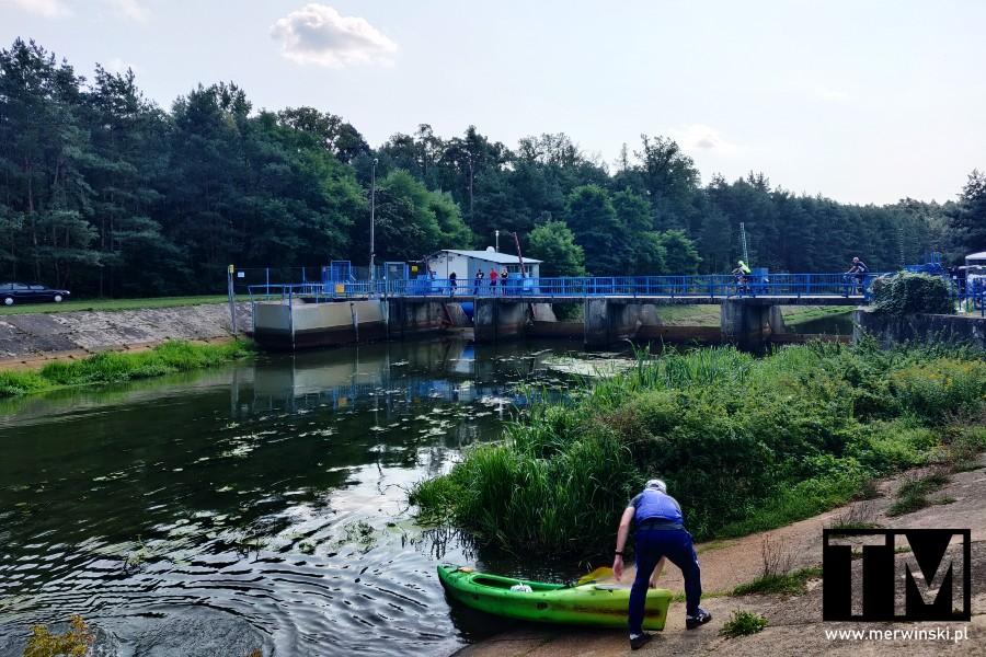 Tama i elektrownia wodna na Baryczy w Sułowie