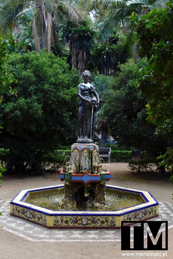 Fontanna parkowa w Maladze