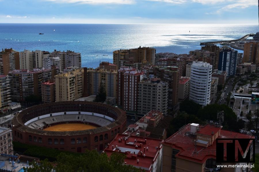 Widok na Malagę i arenę walki byków