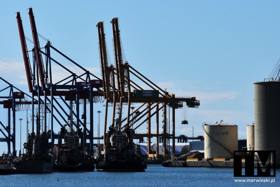 Żurawie portu w Andaluzji