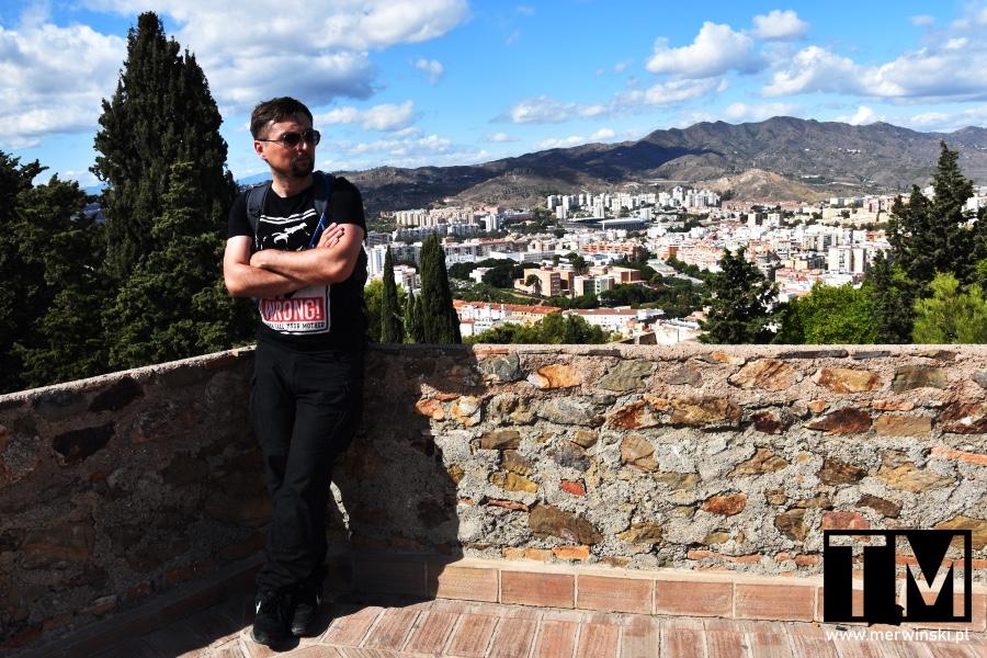 Tomasz Merwiński na murach Alcazaby w Maladze