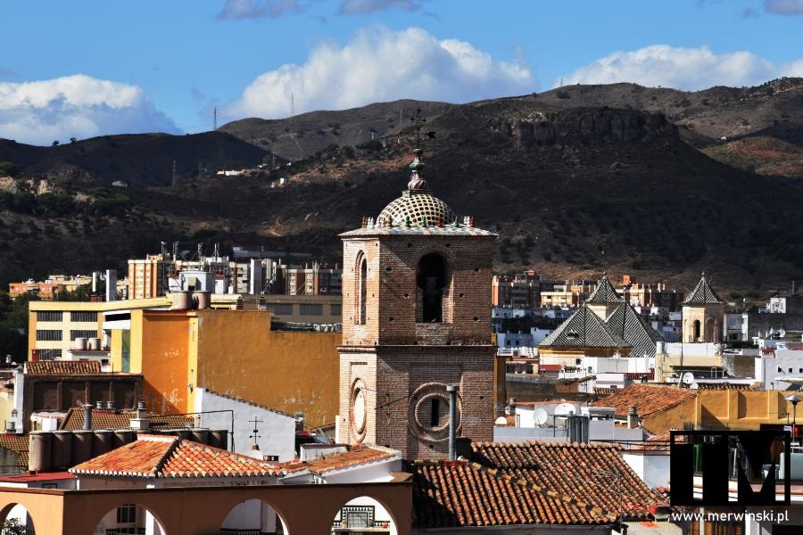Malaga i wieża kościoła Jakuba Apostoła