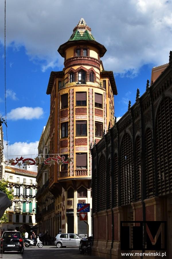 Wieżyczka obok targu miejskiego w Maladze
