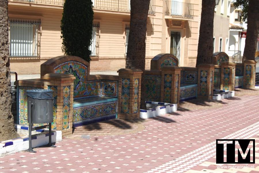 Ławeczki z azulejo w Ayamonte