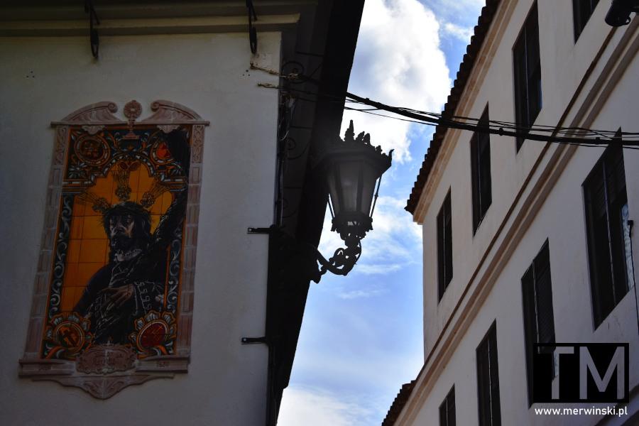 Obraz świętego na ulicy Rondy