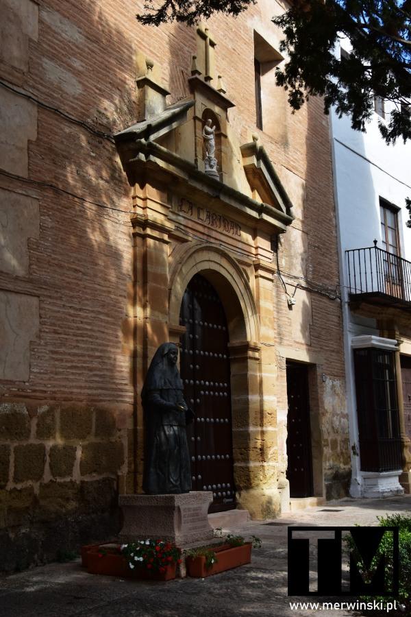 Convento de la Caridad o Hermanas de la Cruz w Rondzie